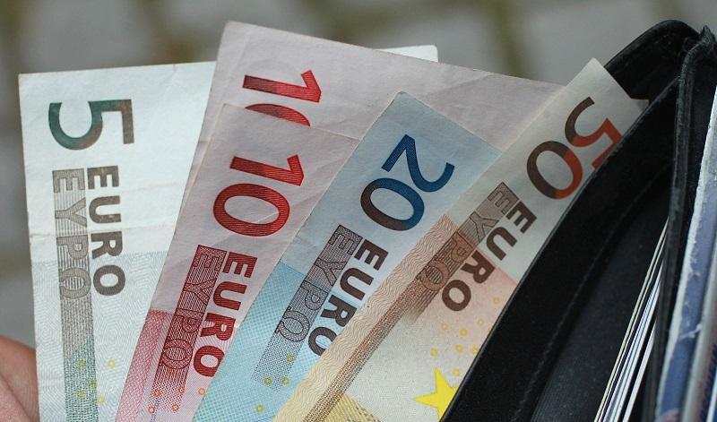 Bankalarda Yapılan Euro İşlemleri